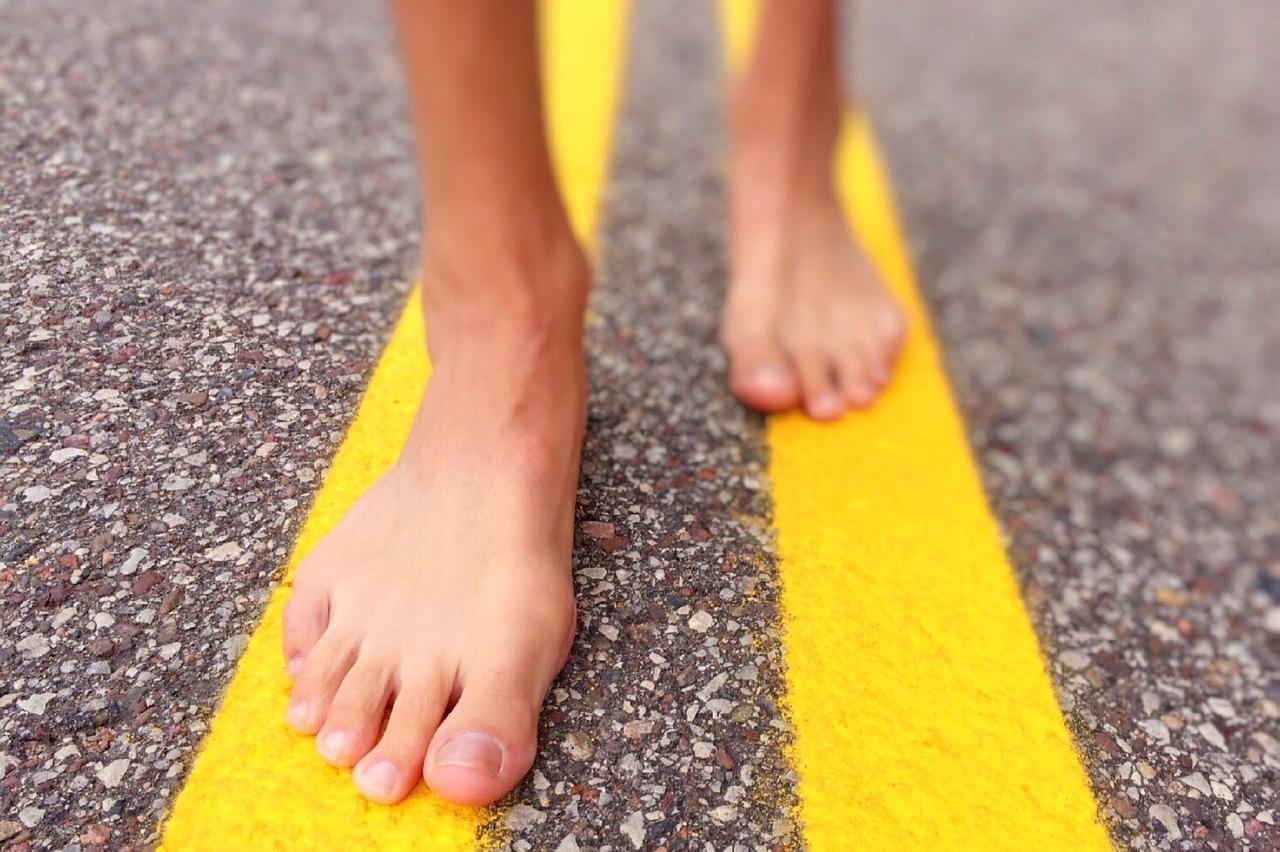 barefoot walking plantar fasciitis